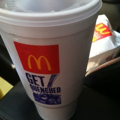 Photo taken at McDonald's by Darwin Y. on 3/23/2012