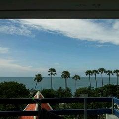 Photo taken at Jomtien View Talay  Condominiums Pattaya by Montakarn C. on 10/28/2011