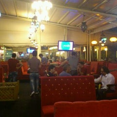 Photo taken at Cafe İstanbul by Ergin G. on 9/29/2011