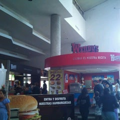 Photo taken at Wendy's by jonathan g. on 10/16/2011