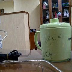Photo taken at Direktorat Bina Produksi dan Distribusi Kefarmasian by Zulfikar B. on 1/13/2012