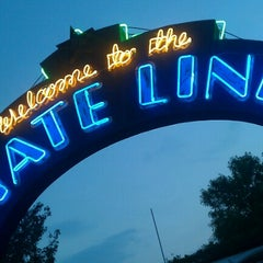 Photo taken at The State Line Bar-B-Q by mark c. on 9/12/2012