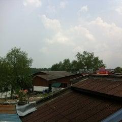 Photo taken at Sin Yin Hin by Liew TC on 5/20/2012