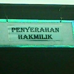 Photo taken at Penang Department of Lands & Mines by hafsham on 6/1/2012