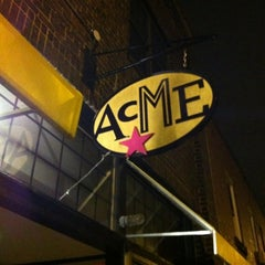 Photo taken at Acme Food & Beverage Co by Mark B. on 3/31/2011
