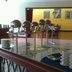 Photo taken at Kakatua Café by Boe D. on 9/2/2012