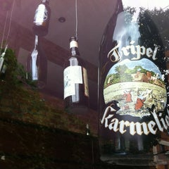 Photo taken at Casa da Cerveja by Urbanaque on 12/29/2011