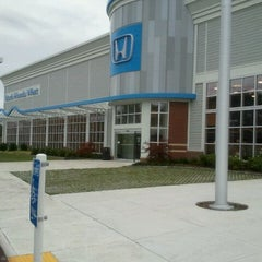 Photo taken at Boch Honda West by Robert H. on 9/15/2011
