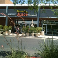 Photo taken at Paradise Juice by Eric G. on 7/17/2011