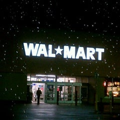Photo taken at Walmart by Randall P. on 12/28/2011