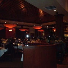 Photo taken at Fleming's Prime Steakhouse & Wine Bar by Sam D. on 5/26/2012