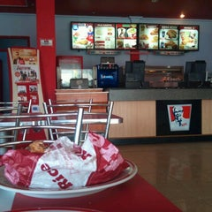 Photo taken at KFC by EbrEt A. on 6/17/2012
