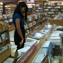 Photo taken at Gramedia by Nanda D. on 6/29/2012