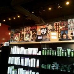 Photo taken at Floyd's 99 Barbershop by Frankie G. on 2/2/2012