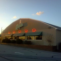 Photo taken at Ralph's Barbeque by Hope P. on 2/25/2012