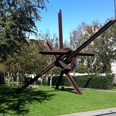 Photo taken at Nasher Sculpture Center by Stephen P. on 11/10/2011