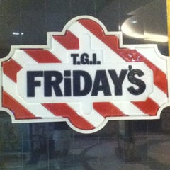 Photo taken at TGI Fridays by @TheRounder -. on 3/18/2012