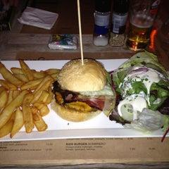 Photo taken at Burgerij by www.GIGAGADGETS.be G. on 11/13/2011