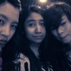 Photo taken at D'Lounge Cafe & Resto by yhuanita n. on 5/1/2012