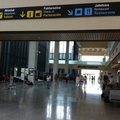 Photo taken at Aeropuerto de Pamplona (PNA) by Taxi @. on 7/10/2011