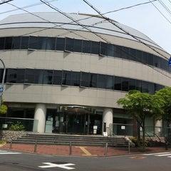Photo taken at 豊中市立生活情報センター くらしかん by YAS T. on 5/6/2011