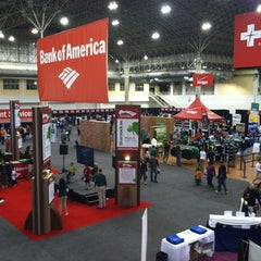 Photo taken at Bank of America Shamrock Shuffle Expo by Paul B. on 3/24/2012