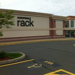 Photo taken at Nordstrom Rack Liberty Tree Mall by Meshi D. on 5/30/2012