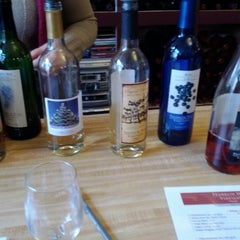 Photo taken at Franklin Hill Vineyards by Jacques A. on 12/23/2011