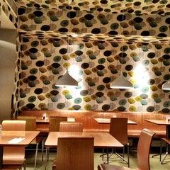 Das Foto wurde bei Chang von Viktoria E. am 3/4/2012 aufgenommen