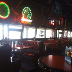 Photo taken at Hoffbrau Bar & Grill by Shannon R. on 7/23/2012