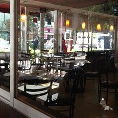 Photo taken at Café Ventura by YadixX on 8/14/2012