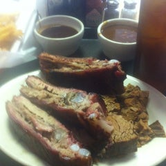 Photo taken at Mac's Bar-B-Que by Duncan W. on 6/28/2012