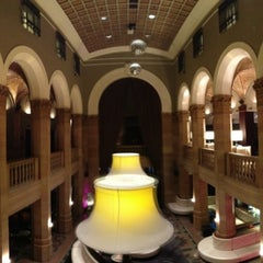 Photo taken at W Chicago - City Center by Lin H. on 8/19/2012