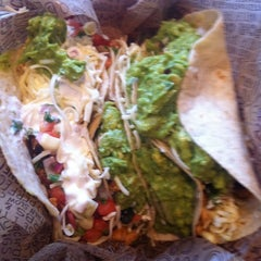 Photo taken at Chipotle Mexican Grill by Sam S. on 8/10/2011