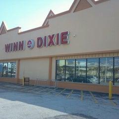 Photo taken at Winn-Dixie by Bobby B. on 7/2/2012
