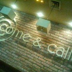 Photo taken at Come y Calla by Arturo M. on 5/25/2012