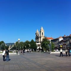 Photo taken at Braga Centro (chafariz) by Michele L. on 7/31/2012