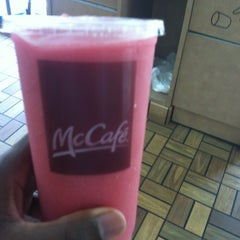Photo taken at McDonald's by Eddie M. on 7/11/2012