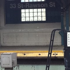 Photo taken at MTA Subway - 33rd St/Rawson St (7) by Efrain aka Jr on 8/16/2011