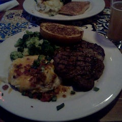 Photo taken at Chili's Grill & Bar by Kyle B. on 1/8/2012