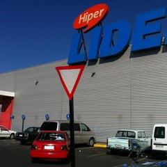 Photo taken at Hipermercado Lider by Nicolas M. on 4/14/2012