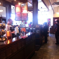 Photo taken at Peet's Coffee & Tea by Andrew Z. on 9/10/2011