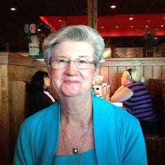 Photo taken at Outback Steakhouse by Thomas A. on 10/21/2011