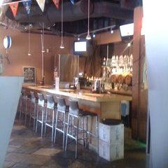 Photo taken at Sushi 101 by Ellen Streiff on 8/16/2011
