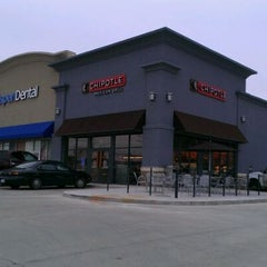 Photo taken at Chipotle Mexican Grill by Nathan B. on 11/27/2011
