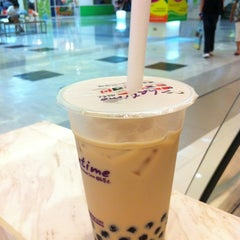 Photo taken at Chatime by 🎯TuckkaTan on 3/29/2012