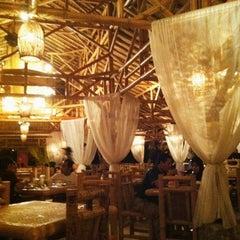 Photo taken at Restoran Istana Bambu by Elly A. on 2/20/2011