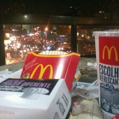 Photo taken at McDonald's by Jéssica I. on 9/8/2011