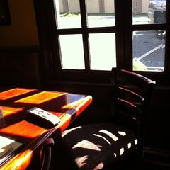 Photo taken at Murty's Publick House by leslie k. on 10/2/2011