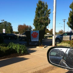 Photo taken at Chick-fil-A by Billy C. on 10/22/2011